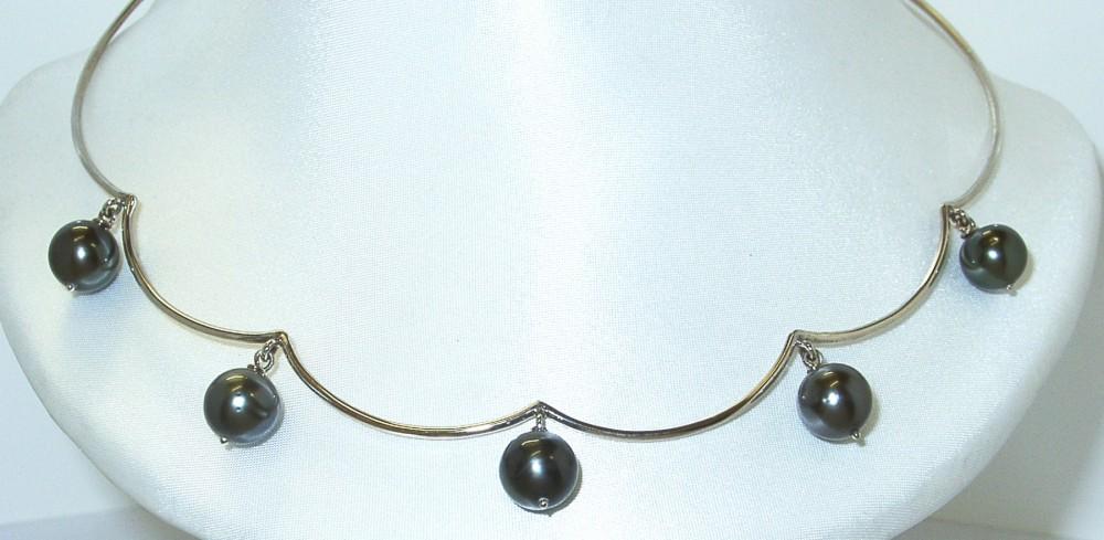 or gris et perles de tahiti